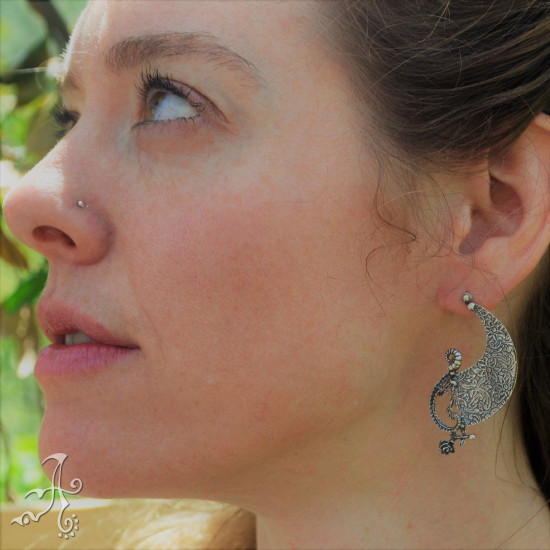 Note of Sole Shape Handcrafted Sterling Silver Earrings