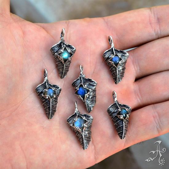 Handcrafted Real Leaf Sterling Silver Pendant, Labradorite Gemstone