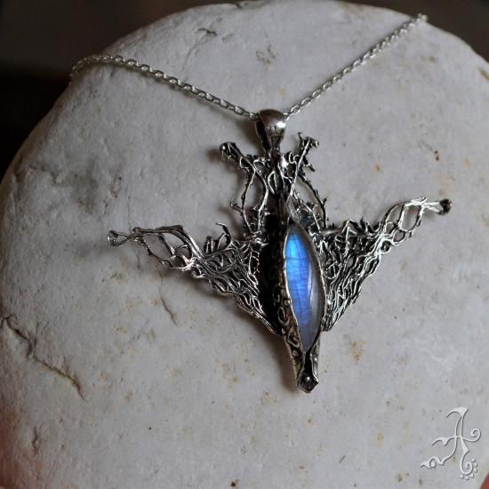 Handcrafted 925 Silver Pendant with Big Spectrolite Rainbow Moonstone Gemstone